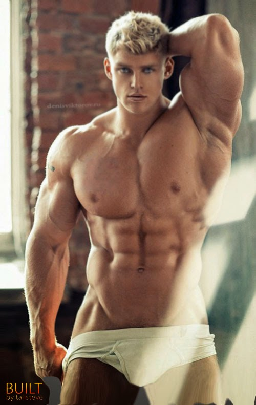 Sexy naked male bodybuilders