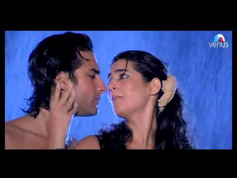 Twinkle khanna hot pictures