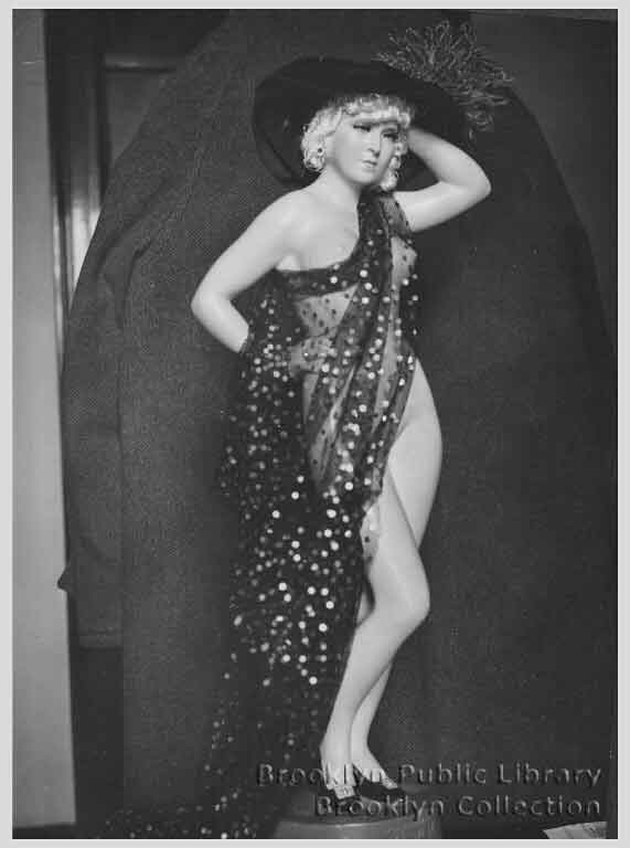 Mae west nude pics