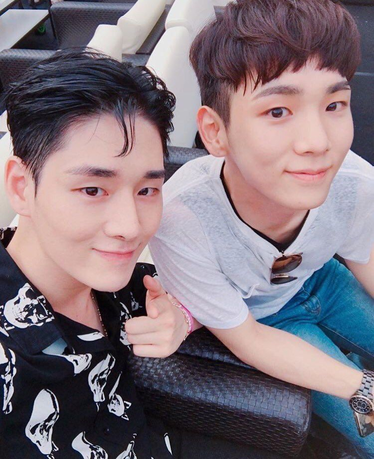 Is key from shinee dating