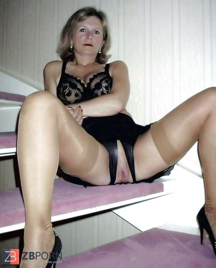 Mature hosiery sex