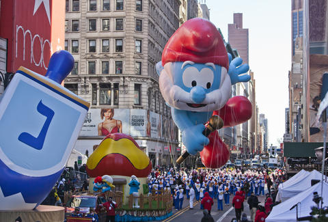 How to watch thanksgiving day parade online