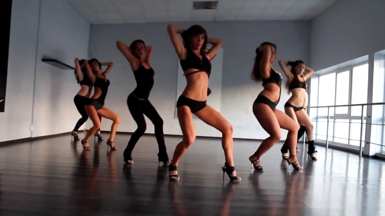 Hot chick sexy dance