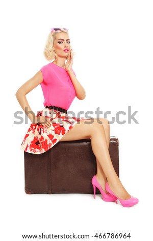 Sexy blonde pinup