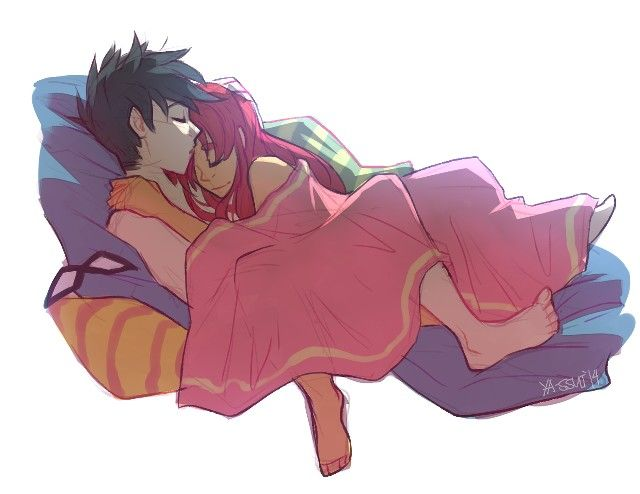 Robin and starfire in bed