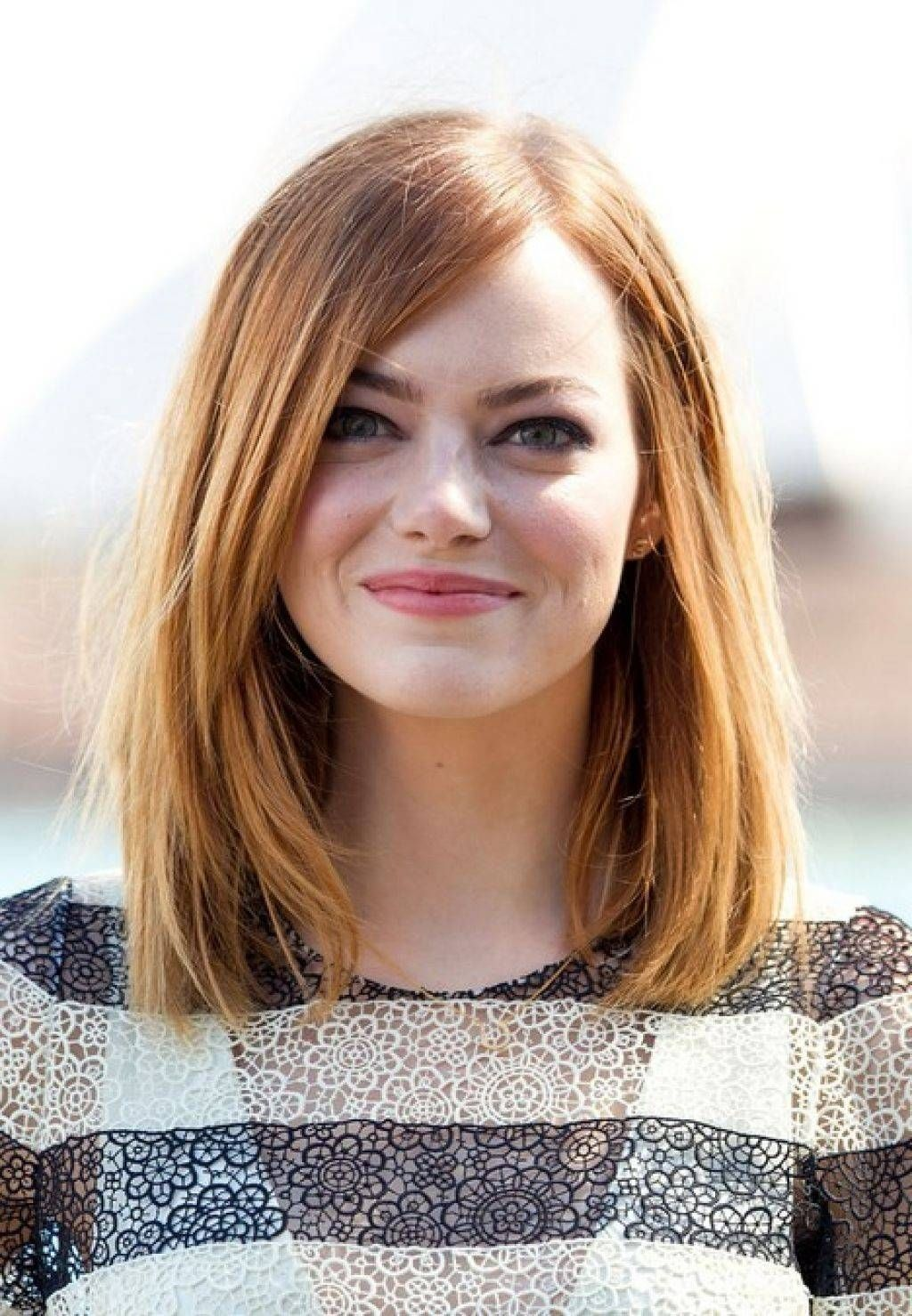 Hairstyles for round and chubby faces