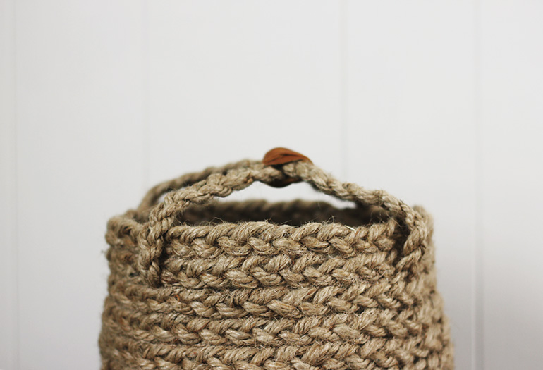 How to make a braided basket