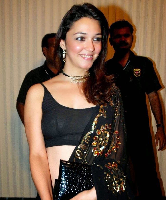 Indian actress wardrobe malfunction pics