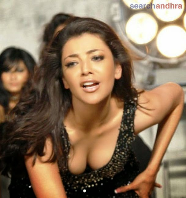 Kajal agarwal hot boobs pics