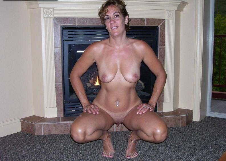 Nude middle aged girls