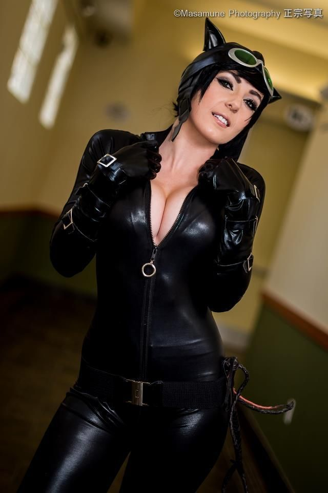 Sexy hot catwoman