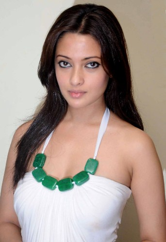 Who is the sexiest woman in india