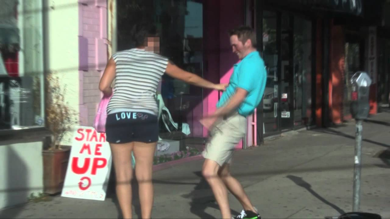 How to hump a girl